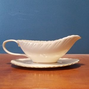 Vintage Lenox China Laurent Pattern Gravy …